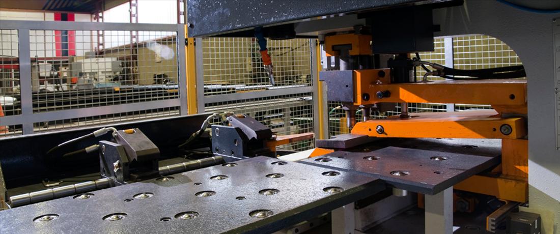 Máquina Troqueladora Robotizada